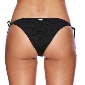 7faf36a5b1f08 Beach Bunny Swim - 🆕 Beach Bunny 💙 Piper Tie Side Bottom